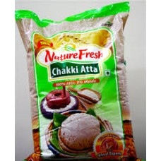 NATURE FRESH CHAKKI ATTA 10 KG